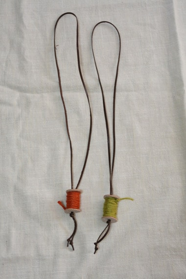 糸巻きネックレス全体図